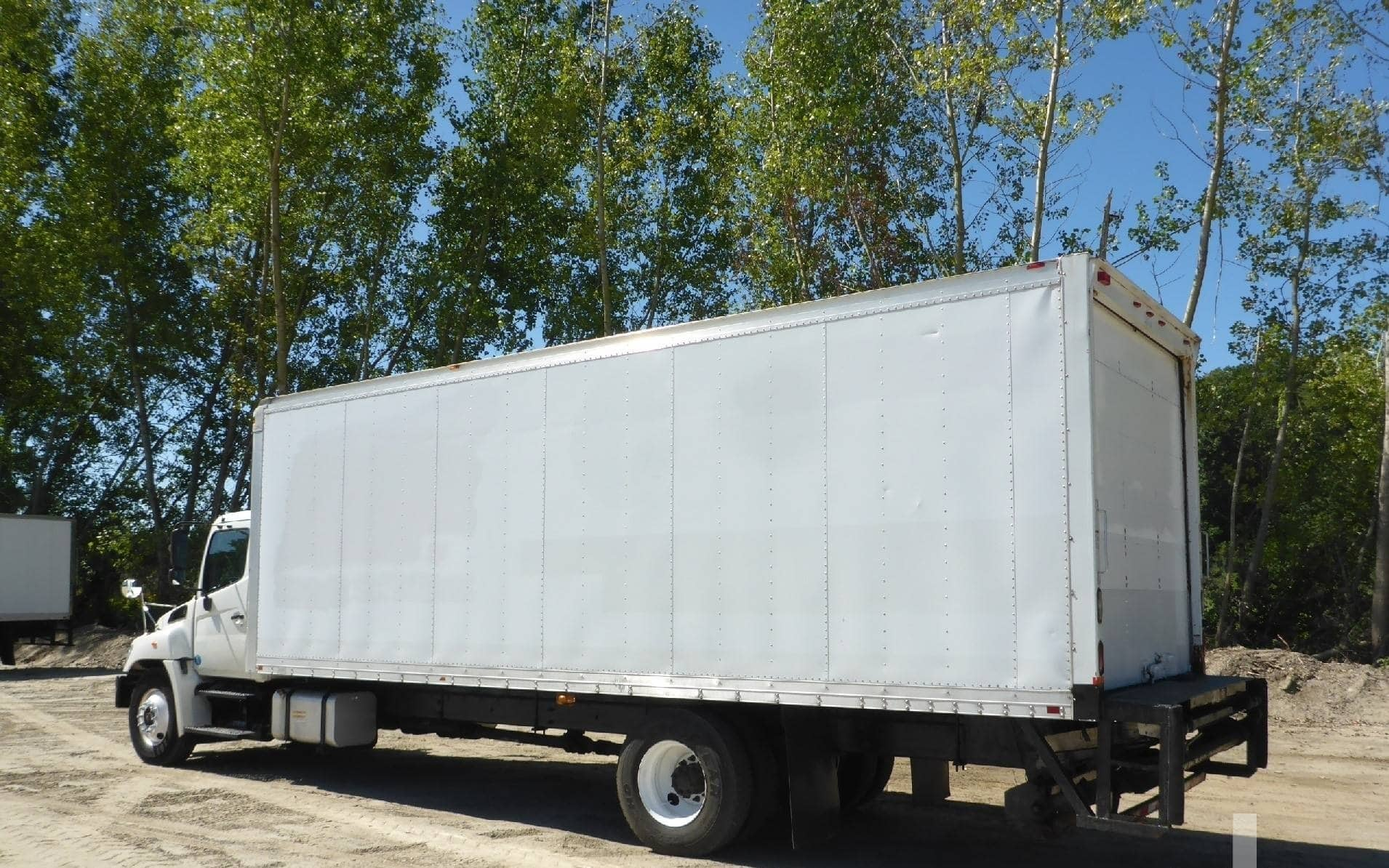 Dry and reefer cargo transportation